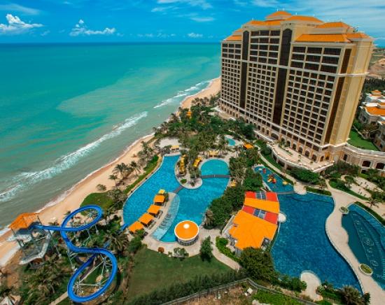 【春休み】ホテル・カジノ・ゴルフ場を含む 統合型ブンタウ リゾート「ザ・グランド ホートラムリゾート&カジノ」1泊2日/2泊3日<ホテル+専用車での往復送迎込み>