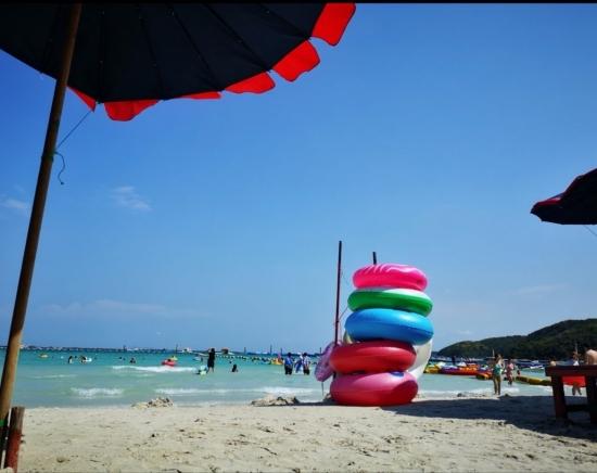 【週末限定】パタヤ・ラン島のター・ウェンビーチでリゾート満喫ツアー<日本語ガイド/1日/ビーチチェア付き>