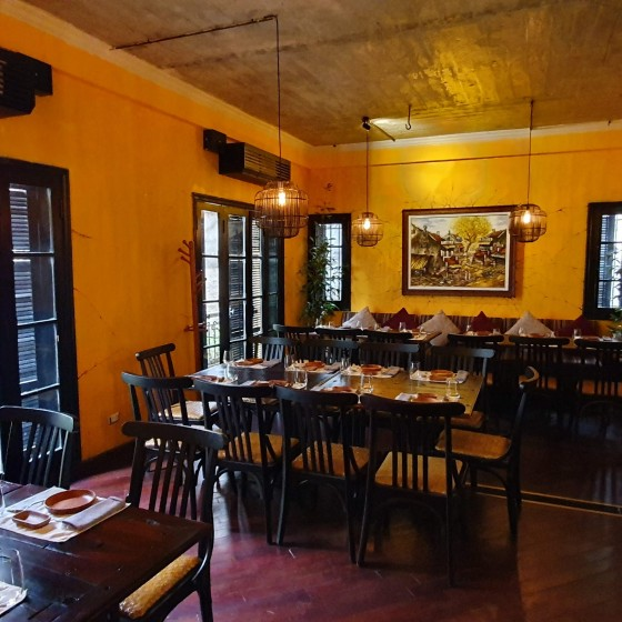 HOME Moc Restaurant