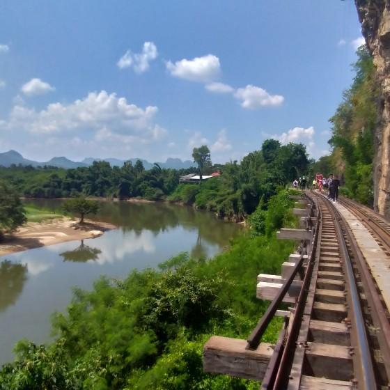 カンチャナブリ泰麺鉄道