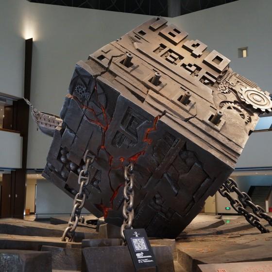 虎門 海戦博物館 ホールに飾られたオブジェ