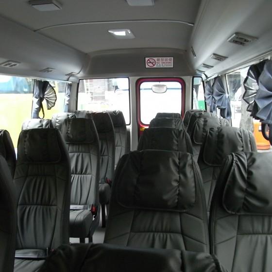 車両一例:ミニバス
