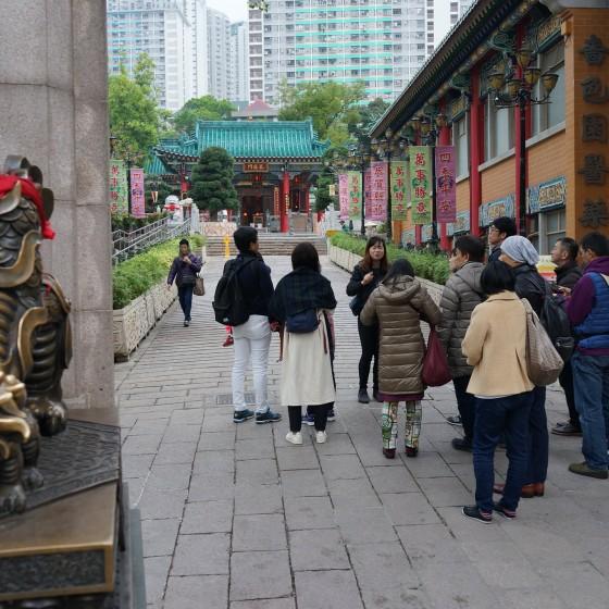 香港 黄大仙 案内する日本語ガイドのフィビーさんのイメージ