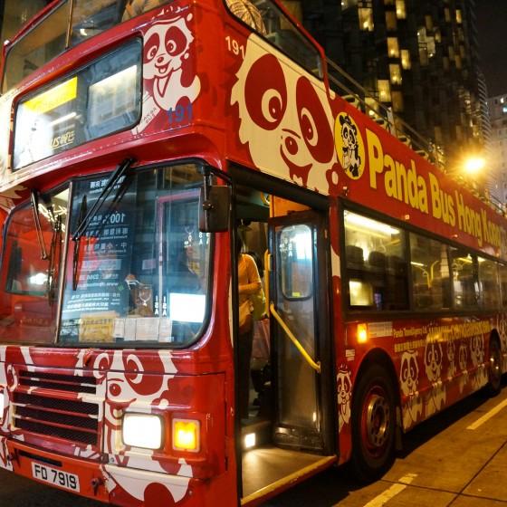 香港 パンダバスのオープントップバス