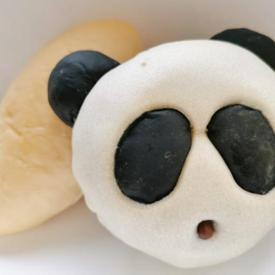 パンダ形のパン イメージ