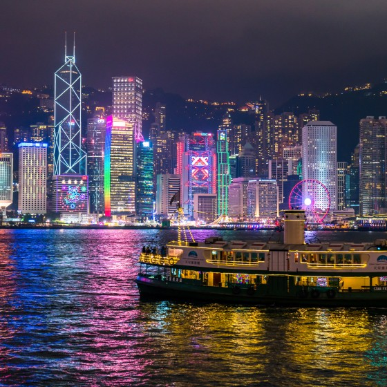 香港 ビクトリアハーバーの夜景 イメージ