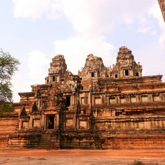 タケウ寺院