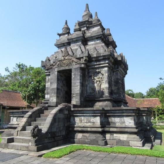 パオン寺院