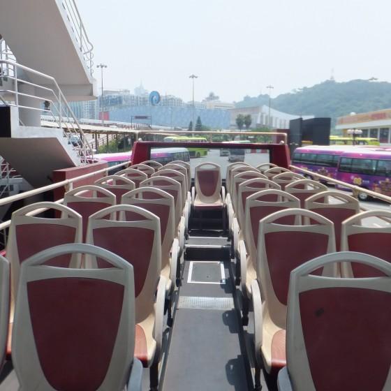 ツアーイメージ:オープントップバス