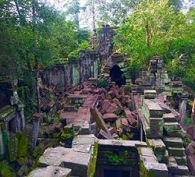 カンボジアの天空の城ラピュタ「ベンメリア遺跡」観光
