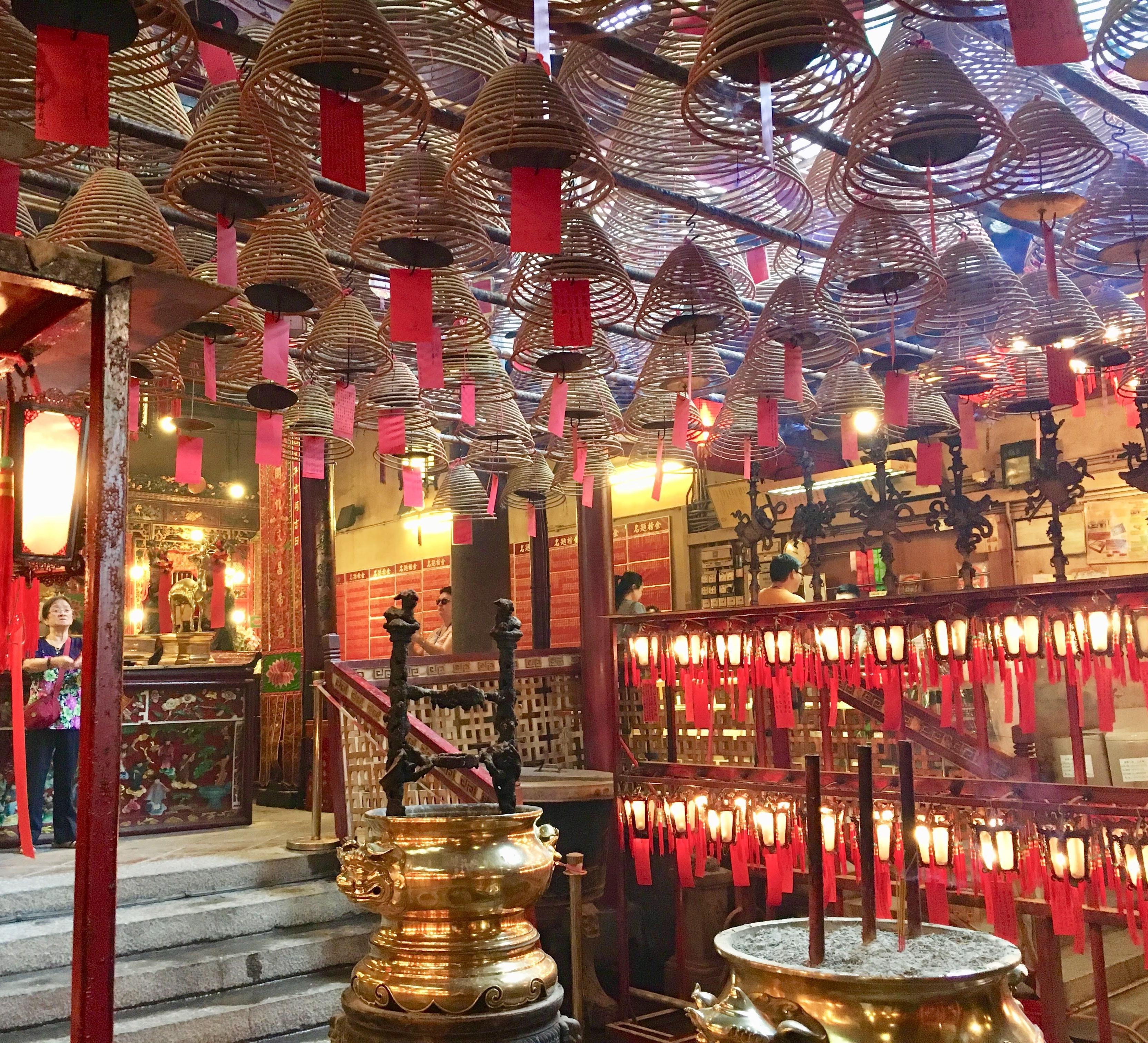 香港最古のお寺・文武廟見学