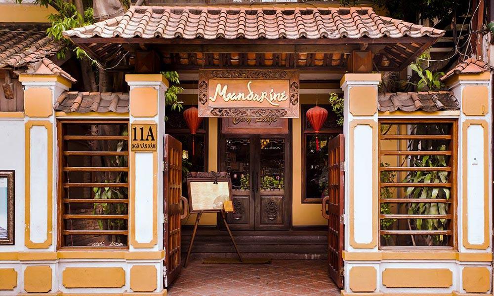 高級ベトナム料理店「マンダリン」でベトナム料理のご昼食