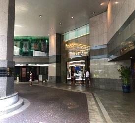 インターコンチネンタルバンコク解散(BTSチットロム駅前)