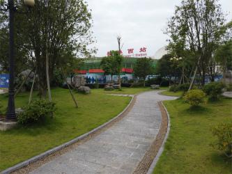 桂林西駅 到着、解散