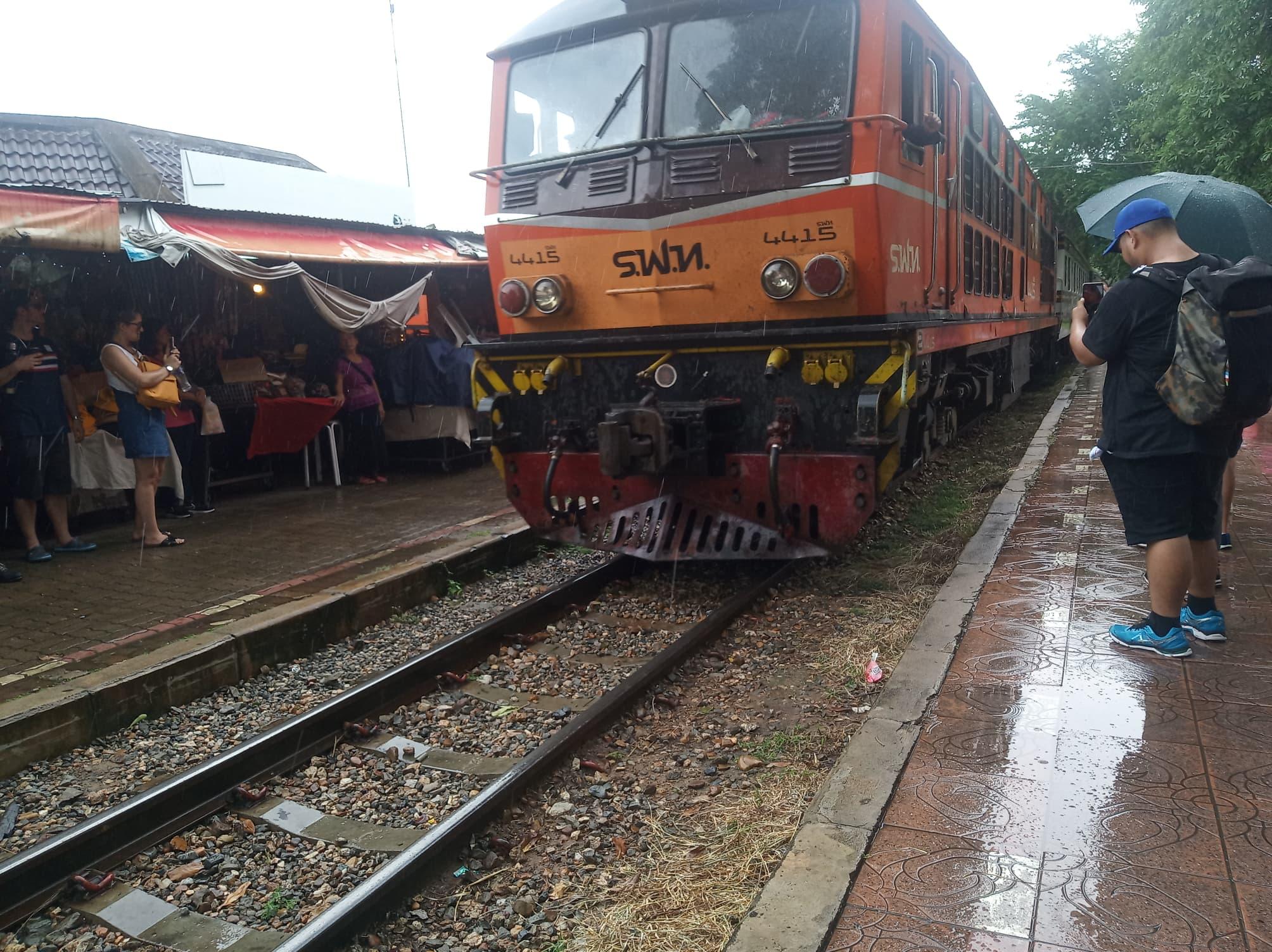 列車(指定座席)に乗車