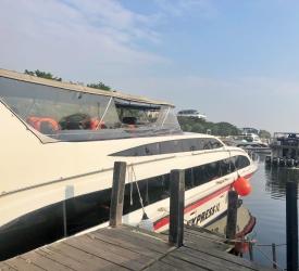 アンチョール港出港。パンダバスの専用ボートでセパ島へ。
