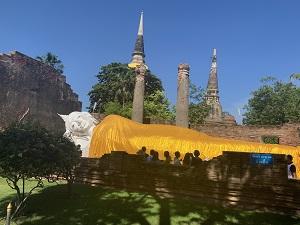 アユタヤ王朝の初代王、ウイートン王によって建立された「ワットヤイチャイモンコン」