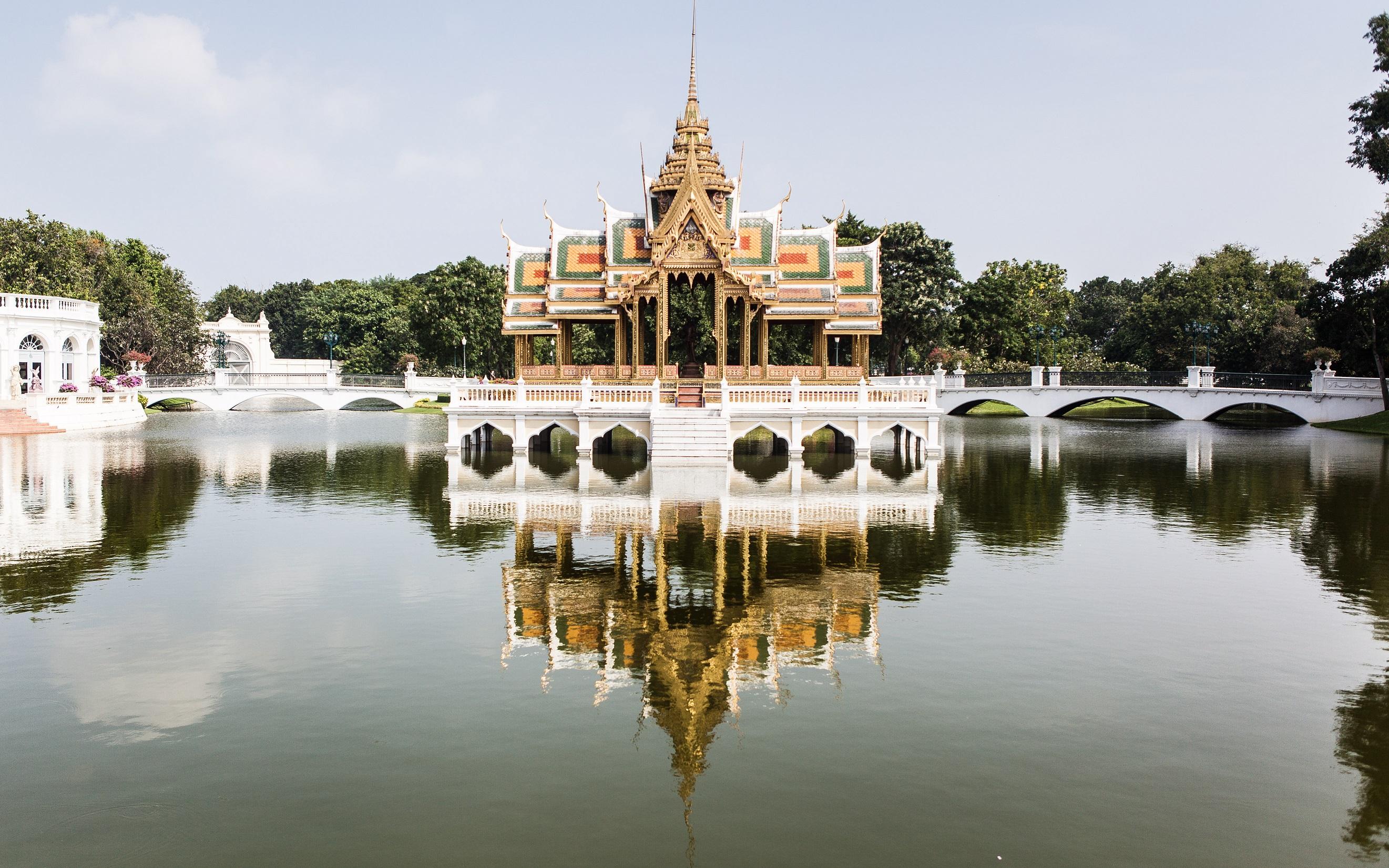 王様の避暑地『バンパイン宮殿』