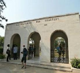 泰緬鉄道博物館、連合軍共同墓地見学