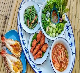 タイ料理 セットディナーのご夕食をお楽しみ下さい