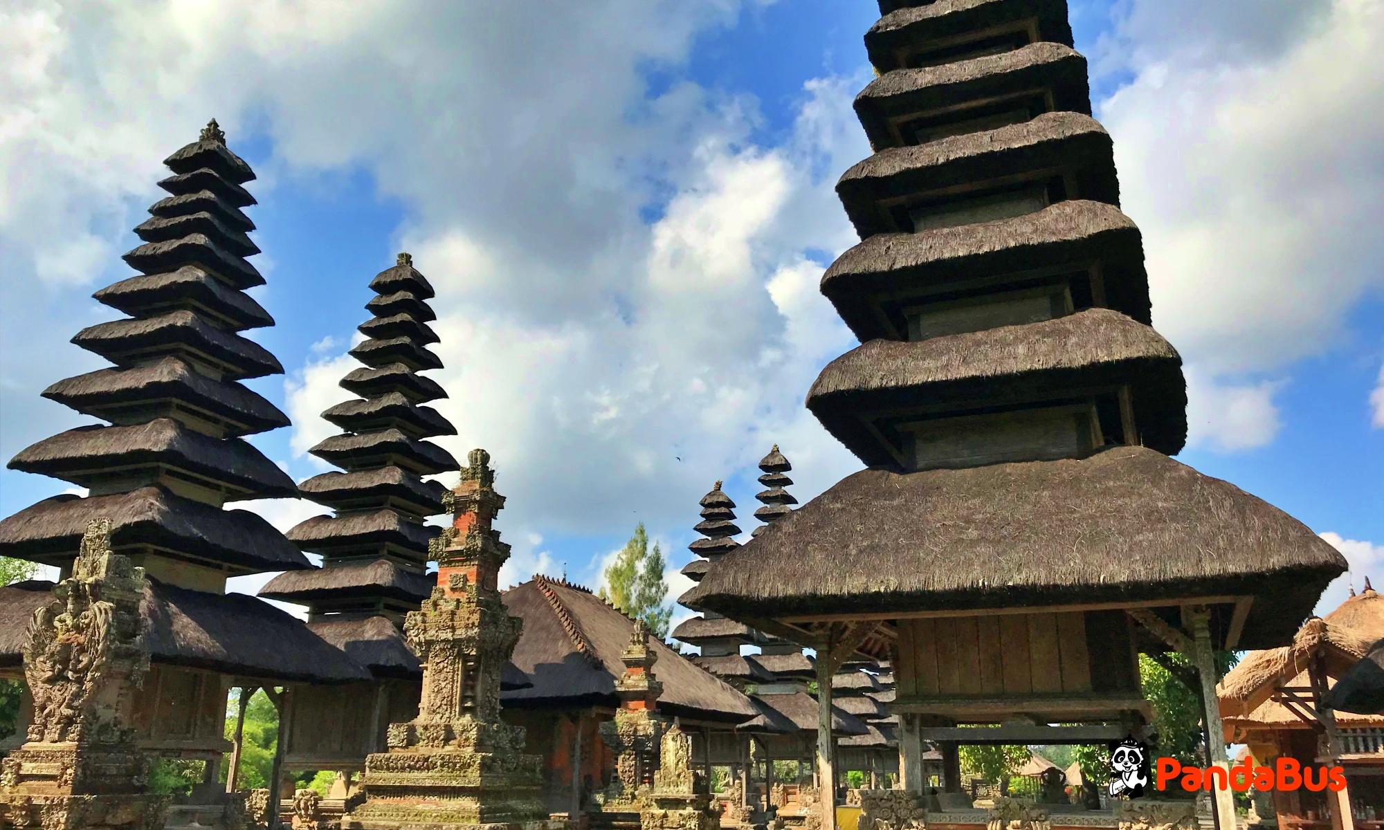 世界遺産『タマンアユン寺院』湖の女神を祀る美しい寺院
