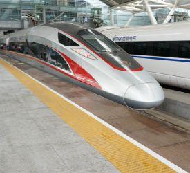 高速鉄道【G3007】→【G6323】にご乗車になり、広州南駅へ向けて出発