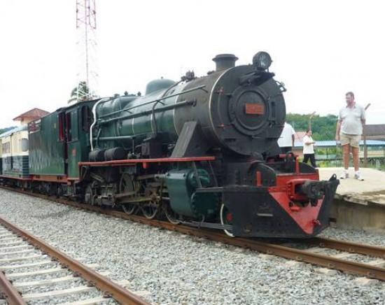 北ボルネオ鉄道 蒸気機関車の旅(水・土曜のみ)