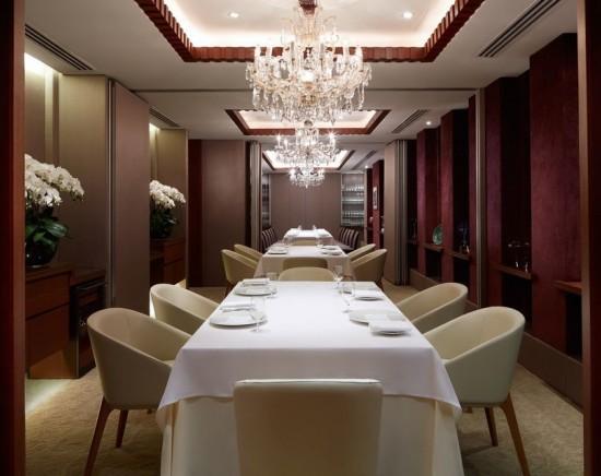 レストラン予約代行 ミシュラン2つ星フランス料理・レザミ