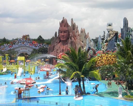 【ホーチミン】スイティエン公園観光<半日/日本語ガイド/貸切りプランあり>