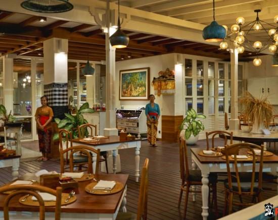 【レストラン】インドネシア王宮料理|ブンブバリ