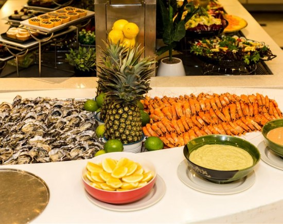 【ゴールドコースト 】人気のシーフードビュッフェ・フェーブルス!!<レストラン予約/ビュッフェ>