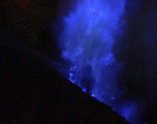 【ジャカルタ発】バニュワンギ・イジェン火山1泊2日