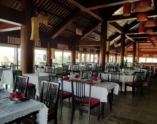【ハロン湾】コーグー レストラン(海鮮料理)