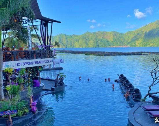 【バリ島】絶景!バリの天然温泉