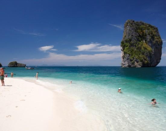 ポダ島&チキン島のアイランドホッピング 陸の孤島プラナンビーチへもご案内<半日/昼食付き/日本語ガイド/ホテル送迎>