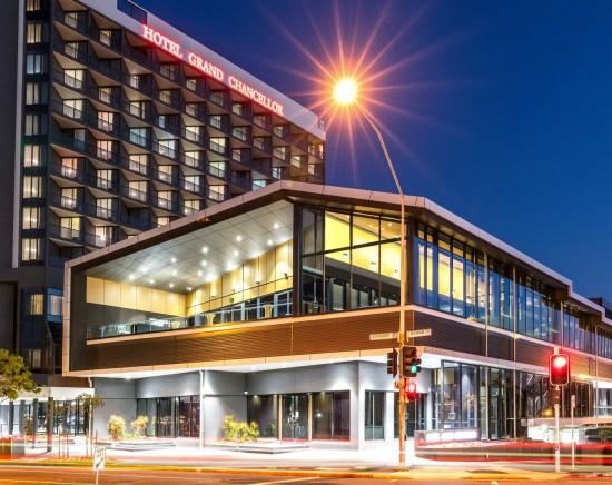 ホテルグランドチャンセラーブリスベン2泊3日<ブリスベン/空港送迎あり/日本語ガイド/朝食なし>