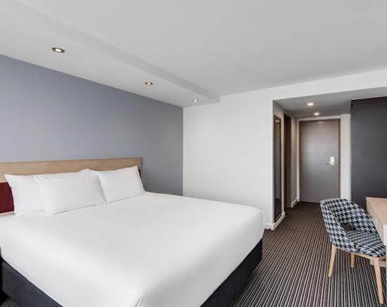 ランデブーホテルシドニーセントラルに泊まる2泊3日<シドニー/空港送迎あり/日本語ガイド/朝食なし>