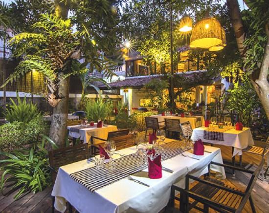 高床式のスタイルのレストラン MAHOBのミールクーポン