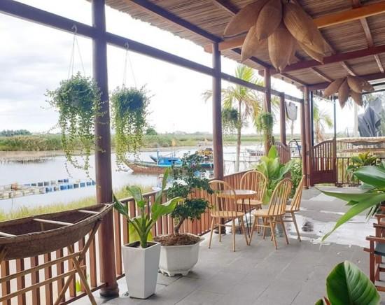 【ホーチミン発】ベトナム航空で行く!ホイアン The Boat House Riverside Homestay 1泊2日<航空券+日本語ガイド付き空港送迎(専用車)込み>