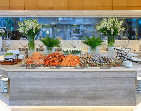 【ホーチミン】5つ星ホテル ロッテレジェンドサイゴン「アトリウムカフェでのビュッフェランチ・ディナープラン」