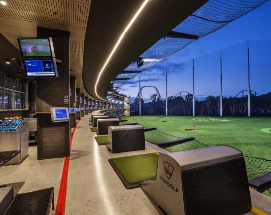 オーストラリアで唯一!新感覚ゴルフエンタメ施設トップゴルフ