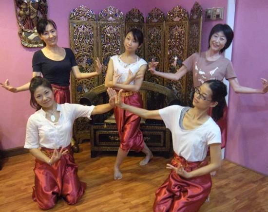 【オンライン】タイ古典舞踏レッスン!<1時間/月・水・金・土>