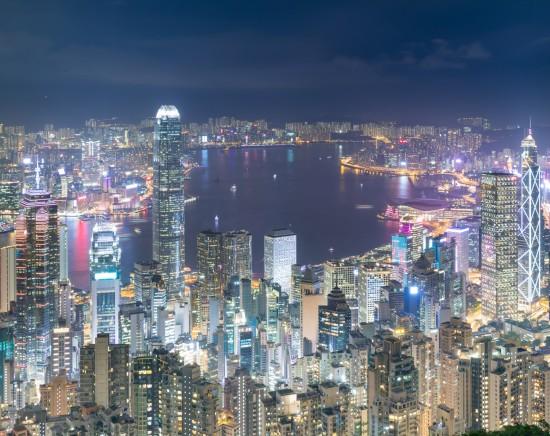 香港の夜景を大満喫!ビクトリアピークからの100万ドルの夜景観賞とビクトリアハーバーの壮大な夜景鑑賞ツアー<スターフェリー乗船/日本語ガイド>