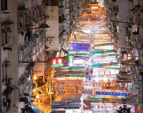 老舗レストラン「北京樓」で北京ダックの夕食とオープントップバス・ナイトドライブ<シンフォニー・オブ・ライツも観れる>