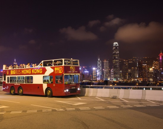 香港中を駆け巡る2階建てオープントップバス(ビッグバス社)<乗車Eチケット/日本語音声ガイド付き/朝・昼・晩時間帯>