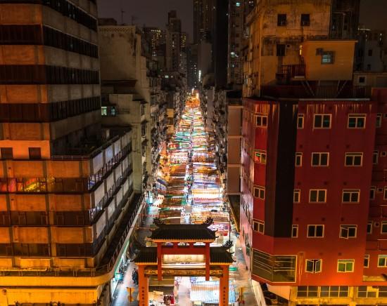 准揚(じゅんよう)料理レストラン「東来順(ドンライシュン)」で香港料理大賞金賞メニューの夕食とオープントップバス・ナイトドライブ<シンフォニー・オブ・ライツも観れる>