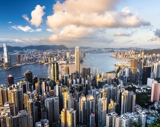パワースポットの香港公園散策とビクトリアピーク・スカイテラス展望台から眺める絶景<日本語ガイド/ワゴン式本格朝飲茶付き>