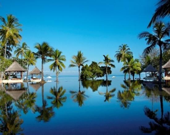 【ジャカルタ発】ジ オベロイ ロンボクに泊まるロンボク島2泊3日