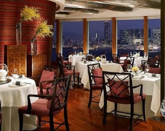 <予約代行>ミシュラン3つ星獲得レストラン、龍景軒(ロンキンヒン)で堪能するランチ・ディナー