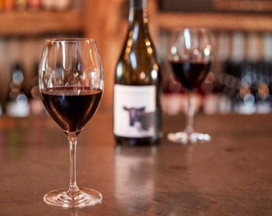 ハンターバレーワイナリー オーストラリア最古のワインの名産地2軒でテイスティングありのツアー<英語ガイド/日本語音声機器/ワイン試飲/指定ホテル送迎>